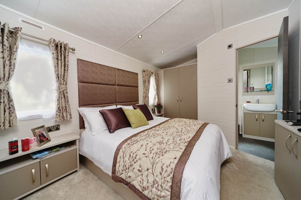 Carnaby - Carnaby Stamford Lodge